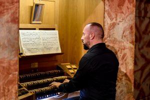 Bachov recital na orguljama varaždinske Katedrale četvrte večeri 50. Varaždinskih baroknih večeri