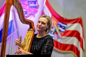 Romantični zvuci harfe i vrsna mezzosopranistica u  Skupštinskoj dvorani Županijske palače u Varaždinu